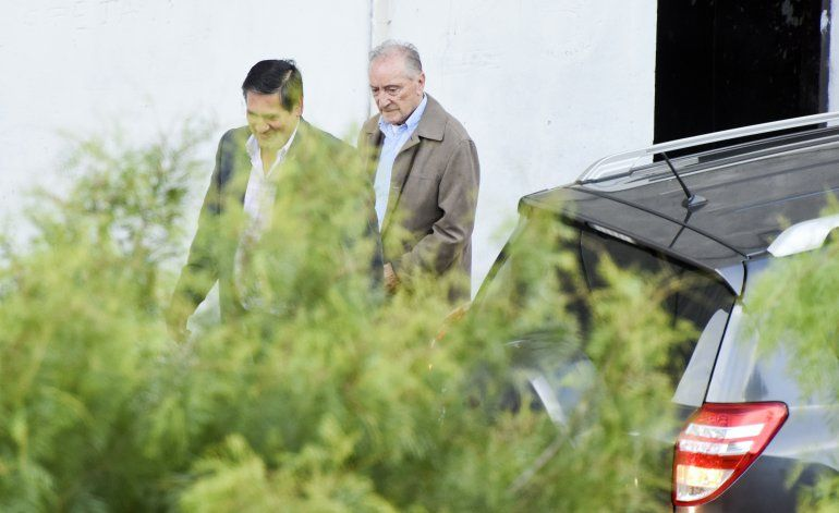 FIFA veta de por vida a Figueredo por sobornos