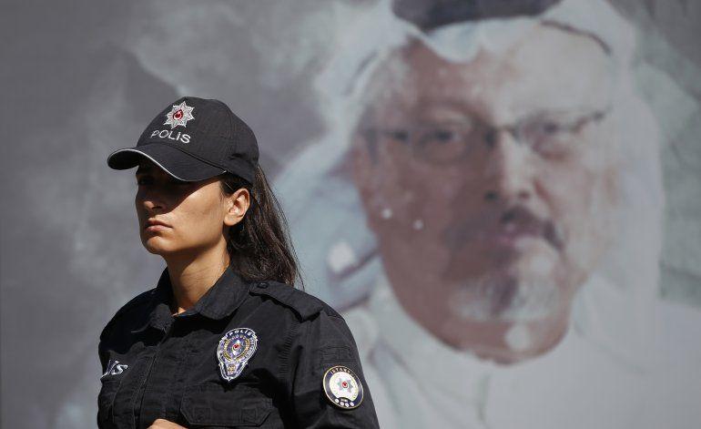 Recuerdan a Kashoggi frente al consulado donde lo mataron