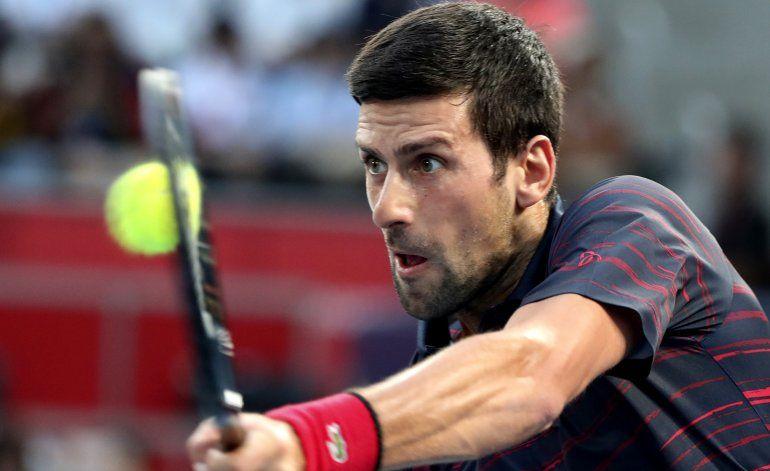 Sin molestias, Djokovic accede a cuartos en Tokio