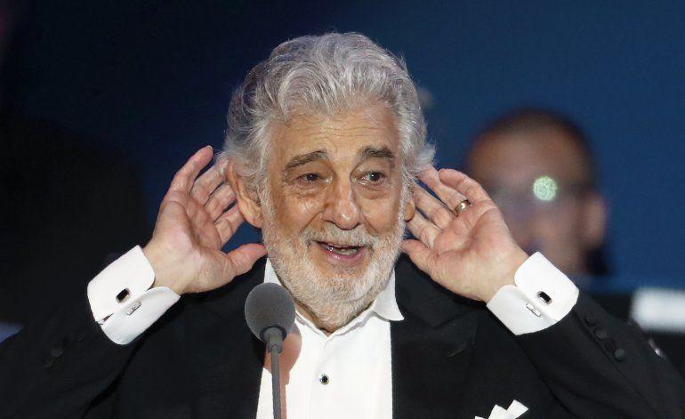 Domingo renuncia a dirección general de Ópera de Los Ángeles