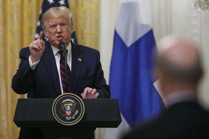 """""""¿Me hablas a mí?: Trump estalla en conferencia de prensa"""