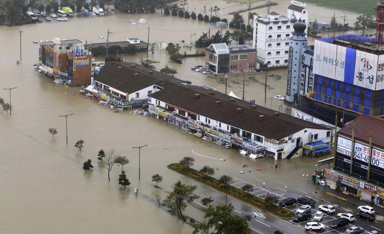 Un fuerte tifón golpea Corea del Sur, deja 9 muertos