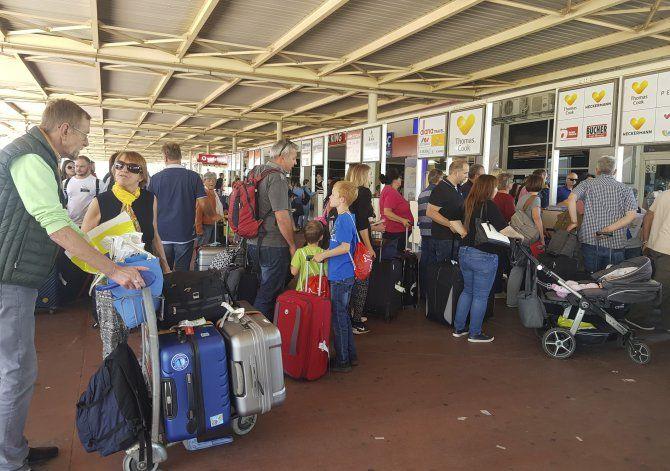 España lanza plan millonario tras derrumbe de Thomas Cook