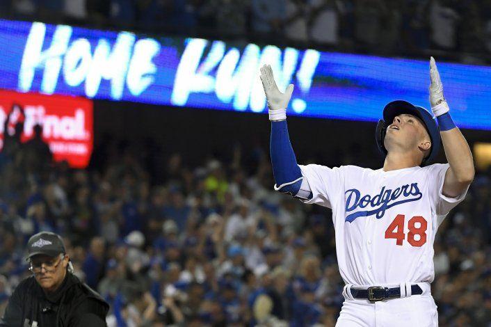 Buehler y Muncy brillan en triunfo de Dodgers ante Nats