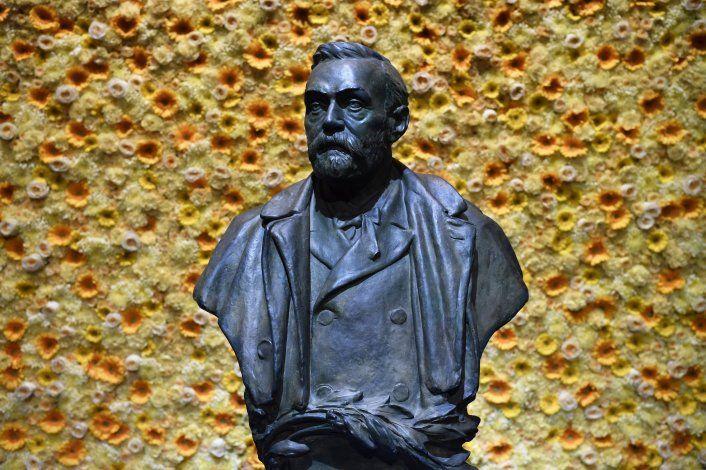 La controversia acecha los premios Nobel de Paz y Literatura