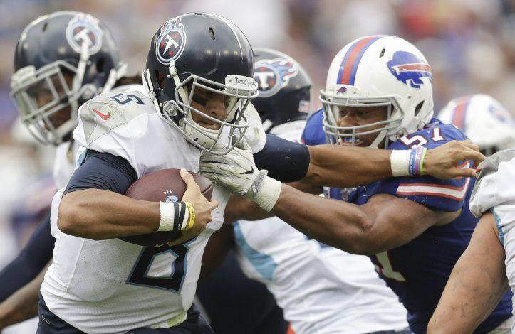 Allen lanza 2 pases de touchdown y Bills vencen a Titans