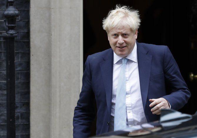 Johnson reitera que habrá Brexit antes que venza plazo