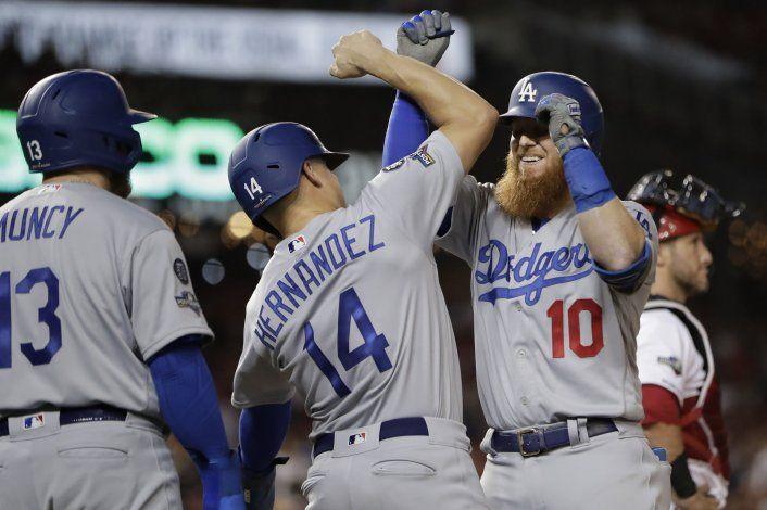 Dodgers anotan 7 en la 6ta y vencen a Nacionales