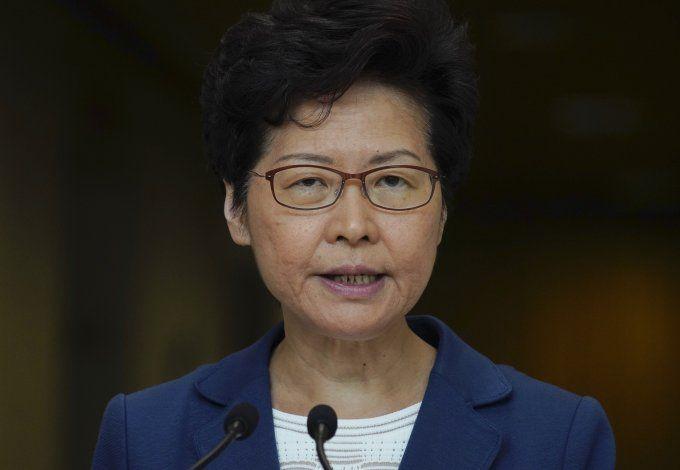 Lam dice que ejército chino podría intervenir en Hong Kong