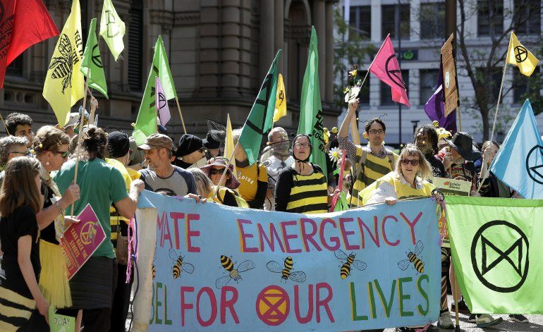 Activistas climáticos cortan carreteras en Australia