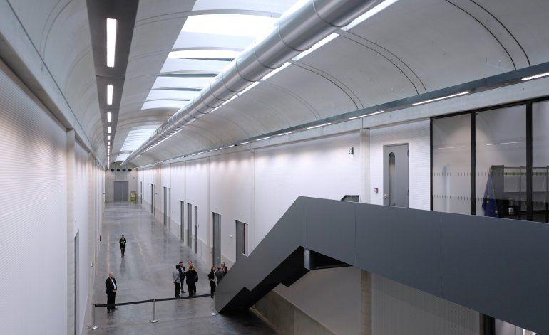 Museo Louvre abre centro para proteger obras de inundaciones