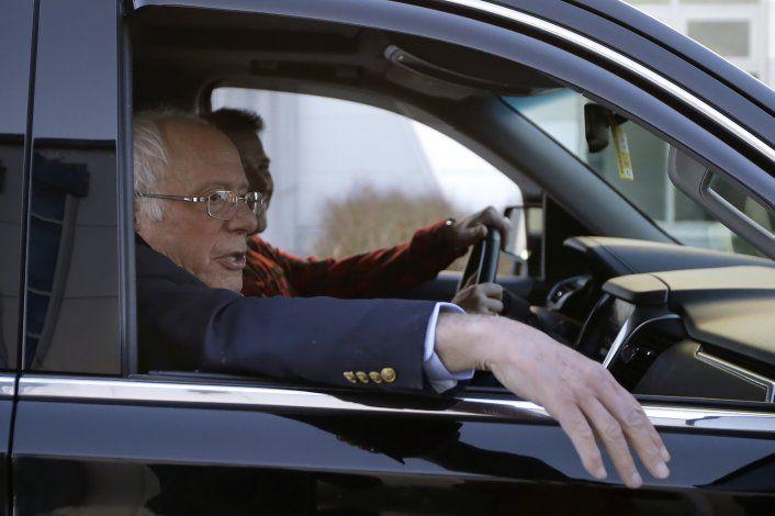 Bernie Sanders dice que debió prestar atención a síntomas