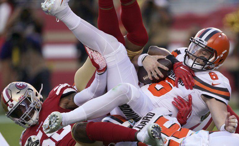 Mayfield y Browns, conmocionados tras nueva derrota