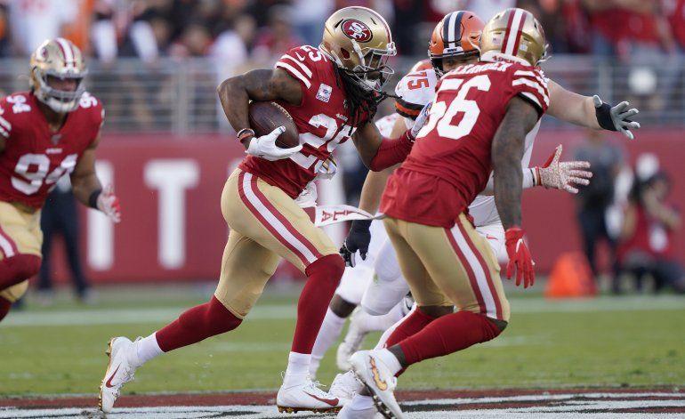 Sherman reconoce su error en acusación contra Mayfield