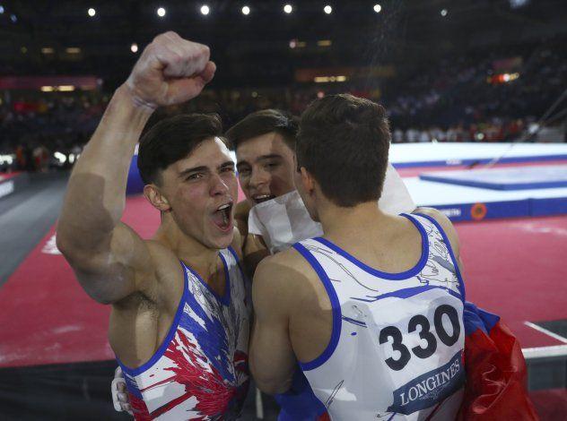 Los rusos ganan el oro de equipos en el Mundial de gimnasia
