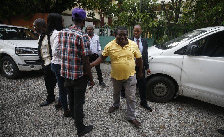 Haití: En vacío de poder, decenas aspiran a la presidencia
