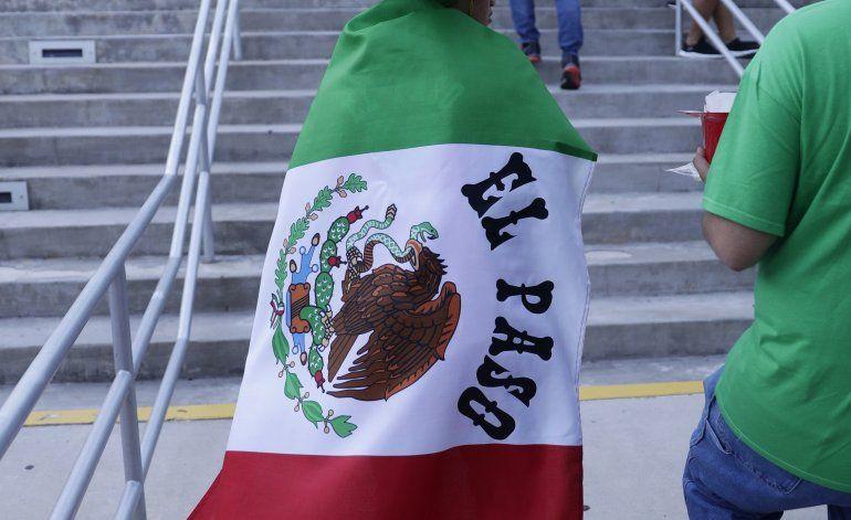 Firman acuerdo contra discriminación en fútbol mexicano
