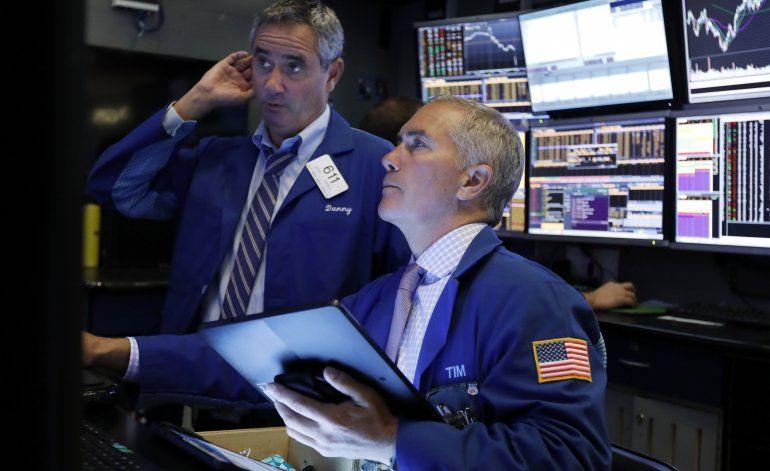Wall Street registra sus primeras ganancias de la semana