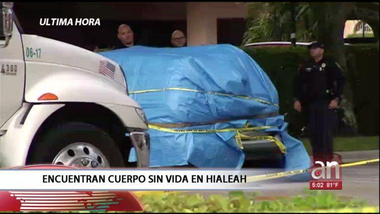 Encuentran cuerpo sin vida dentro de un carro en un McDonalds de Hialeah