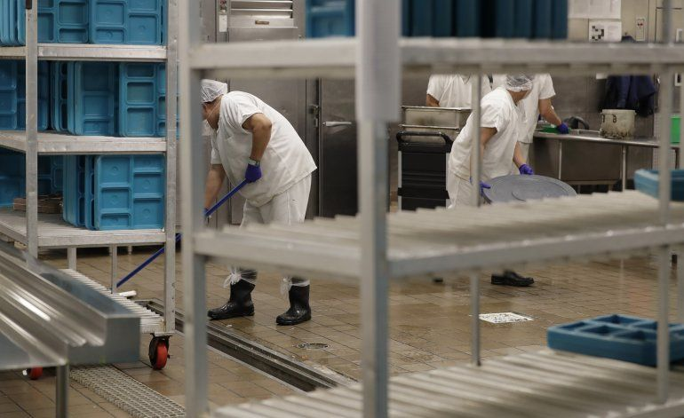 EEUU: Caso de salarios a migrantes detenidos puede proseguir