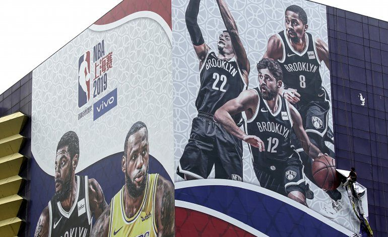 Dilema de la NBA: Disculparse o no con China