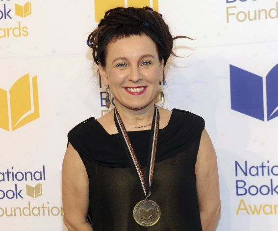 Olga Tokarczuk y Peter Handke ganan Nobel de Literatura