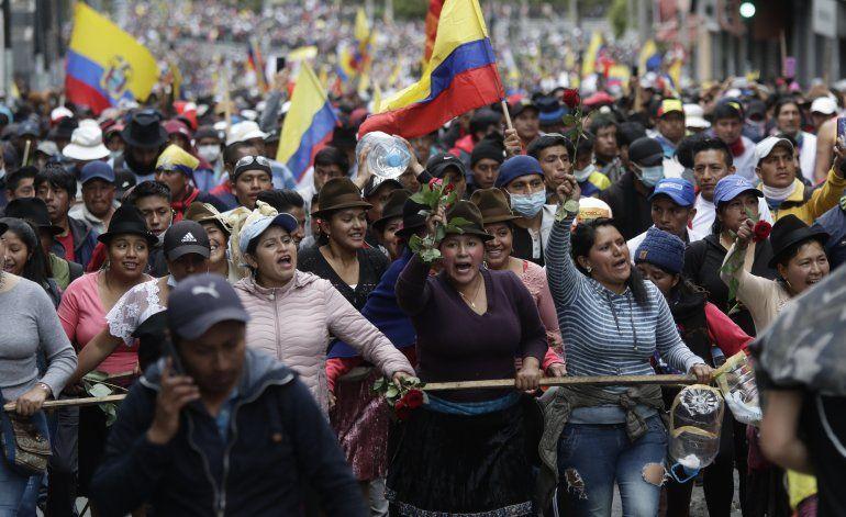 Expresidente Correa niega planear golpe de estado en Ecuador