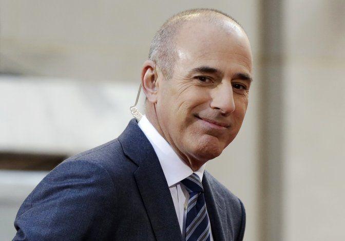 Acusación de violación contra Lauer atrapa a gerencia de NBC