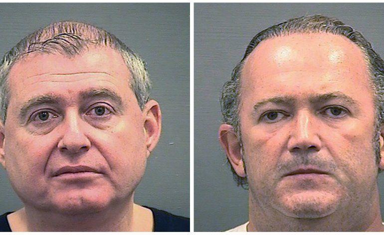 Arrestan a 2 hombres por donación ilegal a campaña de Trump