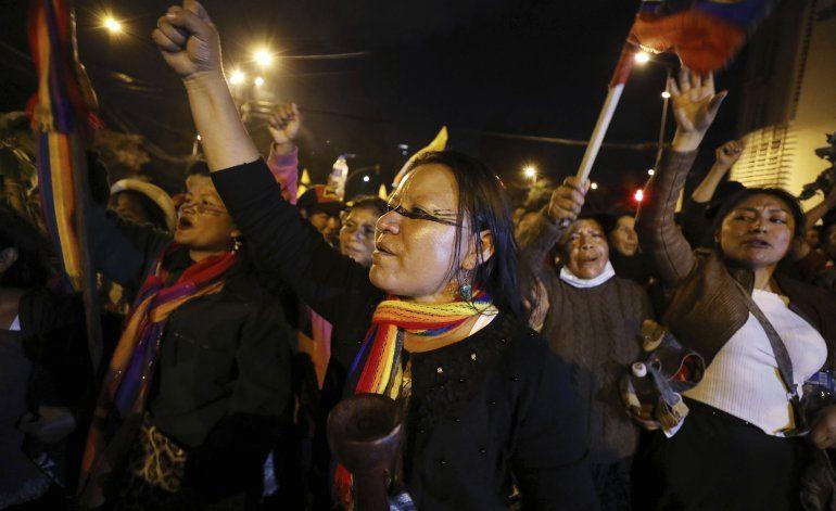 Ecuador enfrenta camino confuso tras semana de protestas