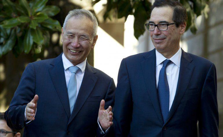 EEUU suspende aumento de aranceles a China en pacto limitado