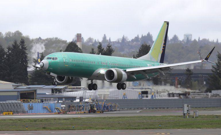 Culpan a Boeing y FAA por certificación del 737 Max