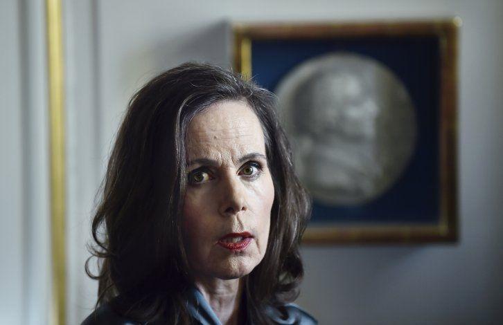 Muere 1ra mujer frente al organismo del Nobel de Literatura