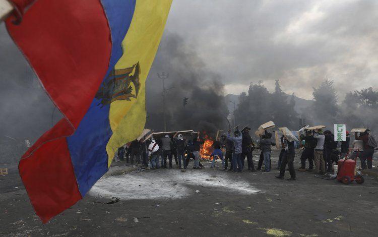 Ecuador: Indígenas abren posibilidad de diálogo con gobierno