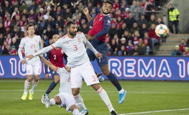 Italia se clasifica a Euro; España y Noruega empatan