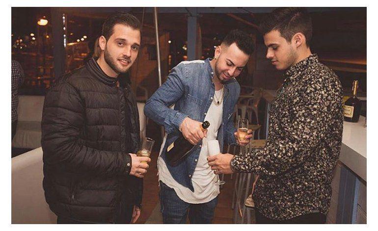 La prestigiosa firma de productores, promotores y agencia de booking Acosta Brothers triunfa en España con Justin Quiles.