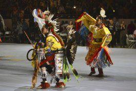 eeuu: varios estados celebran a indigenas en dia de a colon