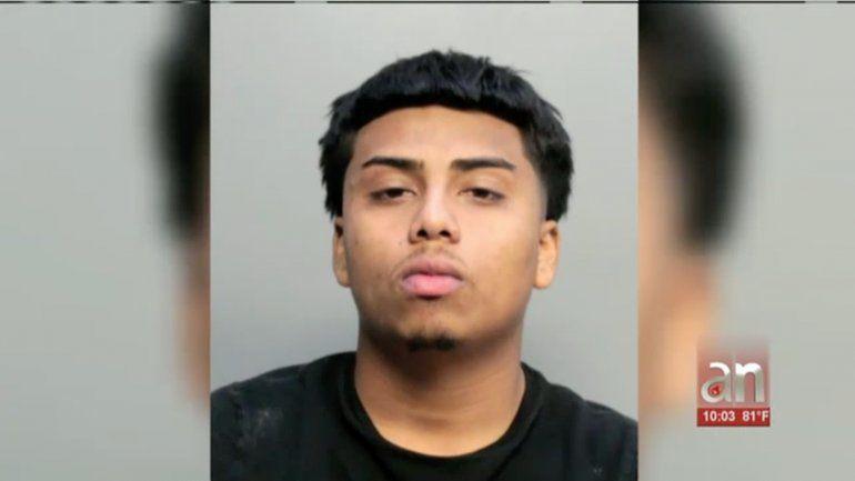 Comparece en corte un hombre que atropelló a un niño de 12 años y se dio a la fuga
