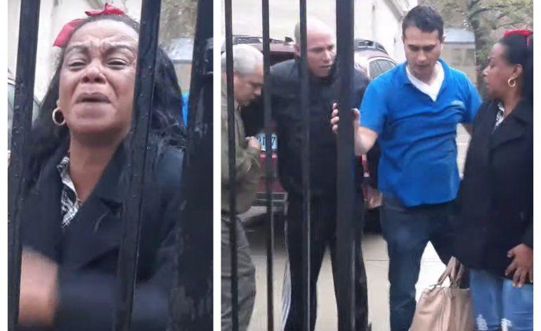 Exiliada política es expulsada de la embajada cubana en Washington