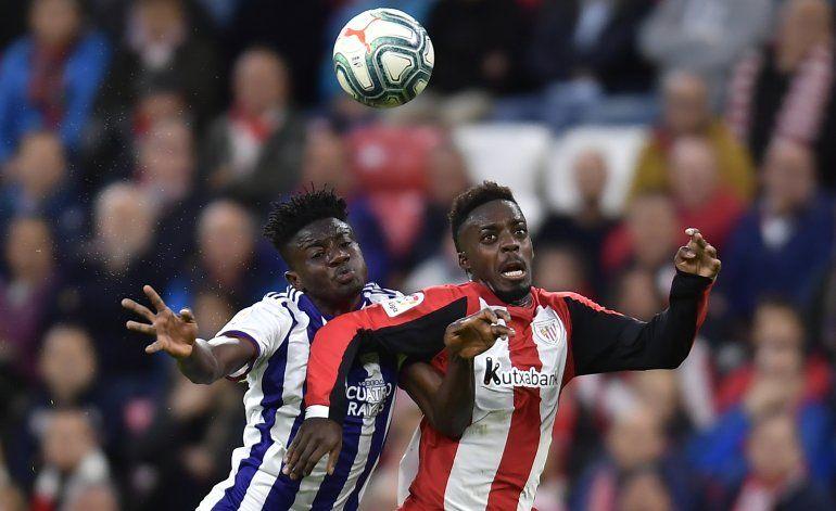 Real Sociedad y Sevilla ganan para acercarse a la cima