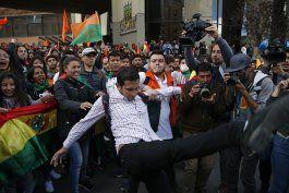 renuncia vicepresidente del tribunal electoral en bolivia