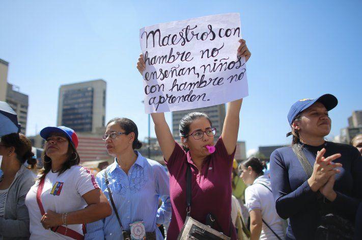 Venezuela: maestros públicos inician paro de 48 horas