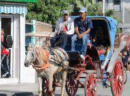 el regimen le dio otra estocada a la iniciativa privada en cuba, al confiscar una decena de coches en las tunas