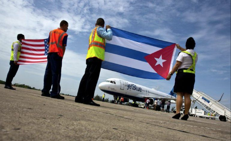 Estados Unidos suspende vuelos regulares a Cuba