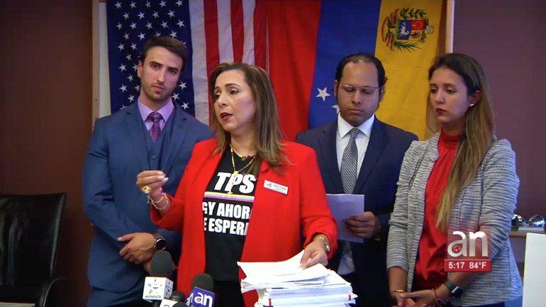 Organizaciones del exilio piden revisar situación de venezolanos detenidos por emigración de EEEU