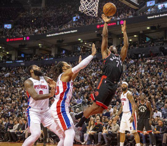 Siakam luce con 30 puntos; Raptors vencen a Pistons