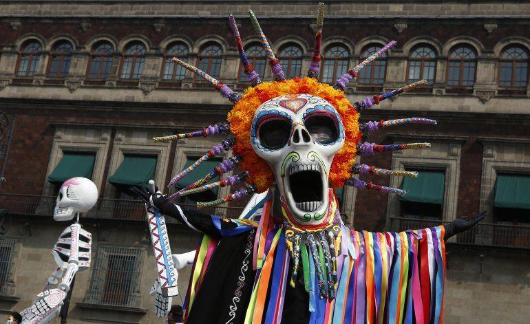 México celebra Día de Muertos a 500 años de la conquista