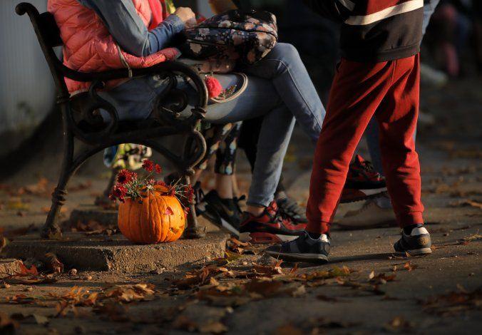 AP Fotos: Rumania organiza evento de tallado de calabazas