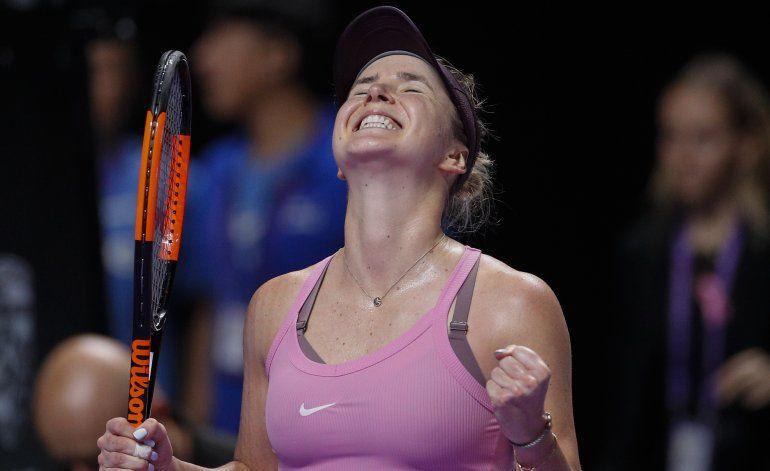 Svitolina gana otra vez y Pliskova avanza en Finales WTA