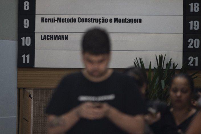 Policía brasileña identifica barco sospechoso por derrame